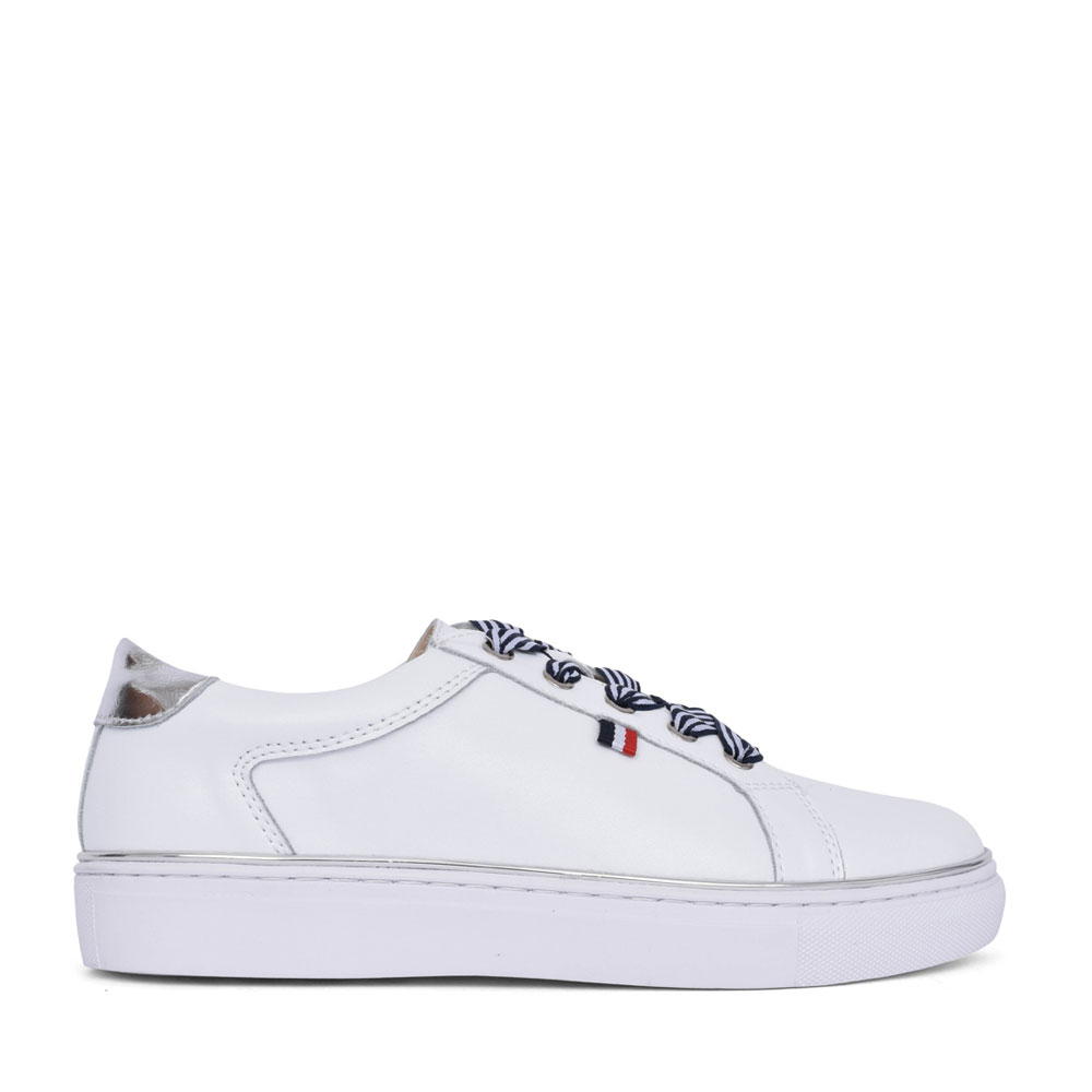 LADIES 410 LACE UP SHOE in WHITE