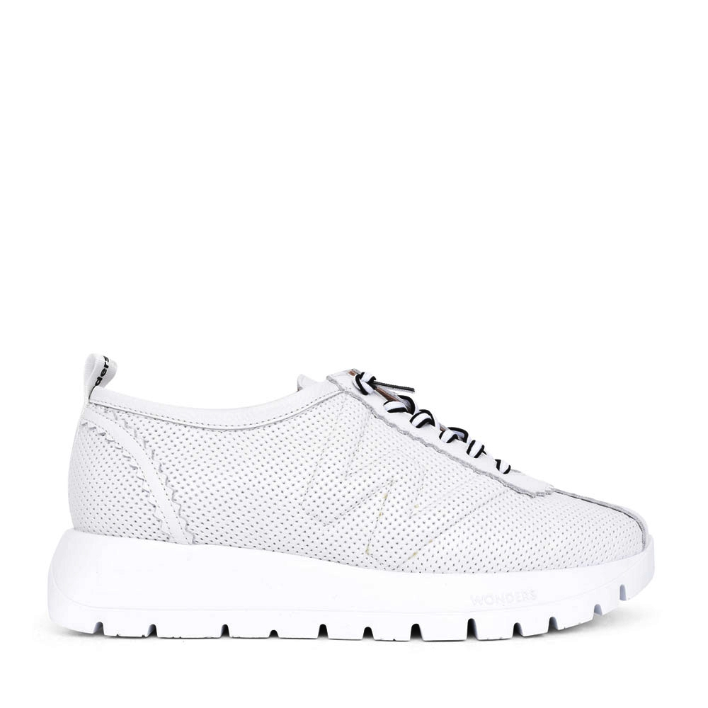 LADIES A-2403 LACE UP PLATFORM SHOE in WHITE