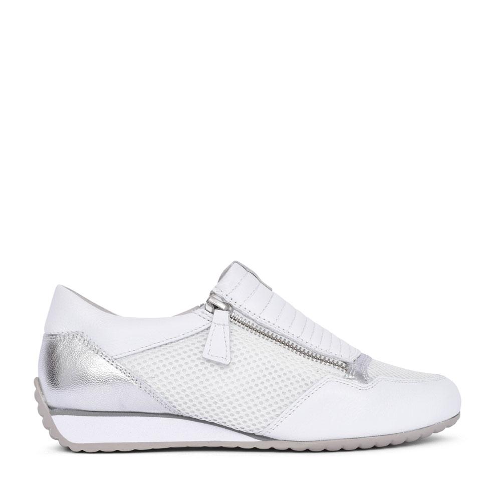 LADIES BRUNELLO 66072 SLIP ON SHOE in WHITE