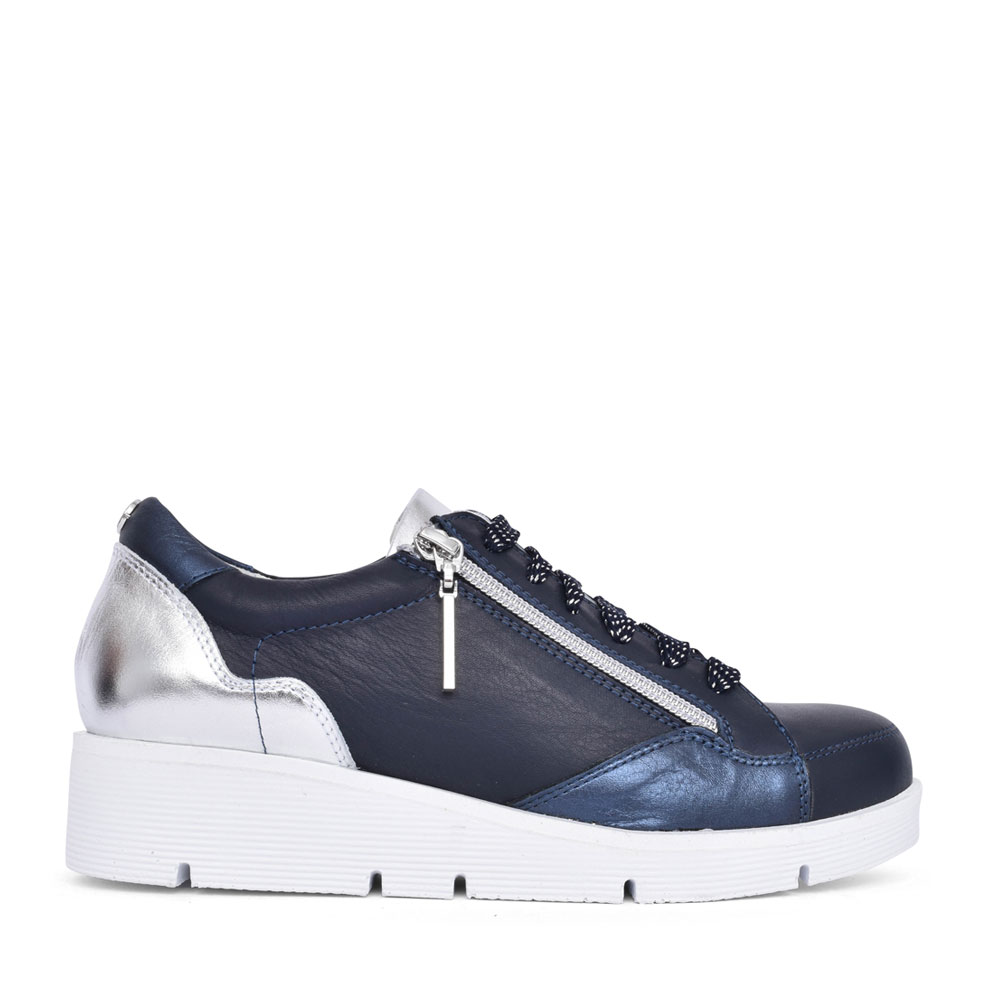 LADIES BISTENNO LACE UP WEDGE TRAINER in NAVY