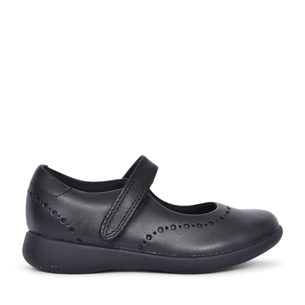 GIRLS ETCH CRAFT BLACK LEATHER SHOE  in KIDS E FIT