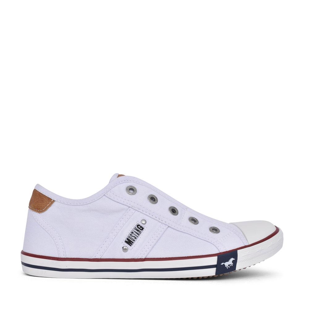 LADIES 1099401 SLIP ON SHOE in WHITE