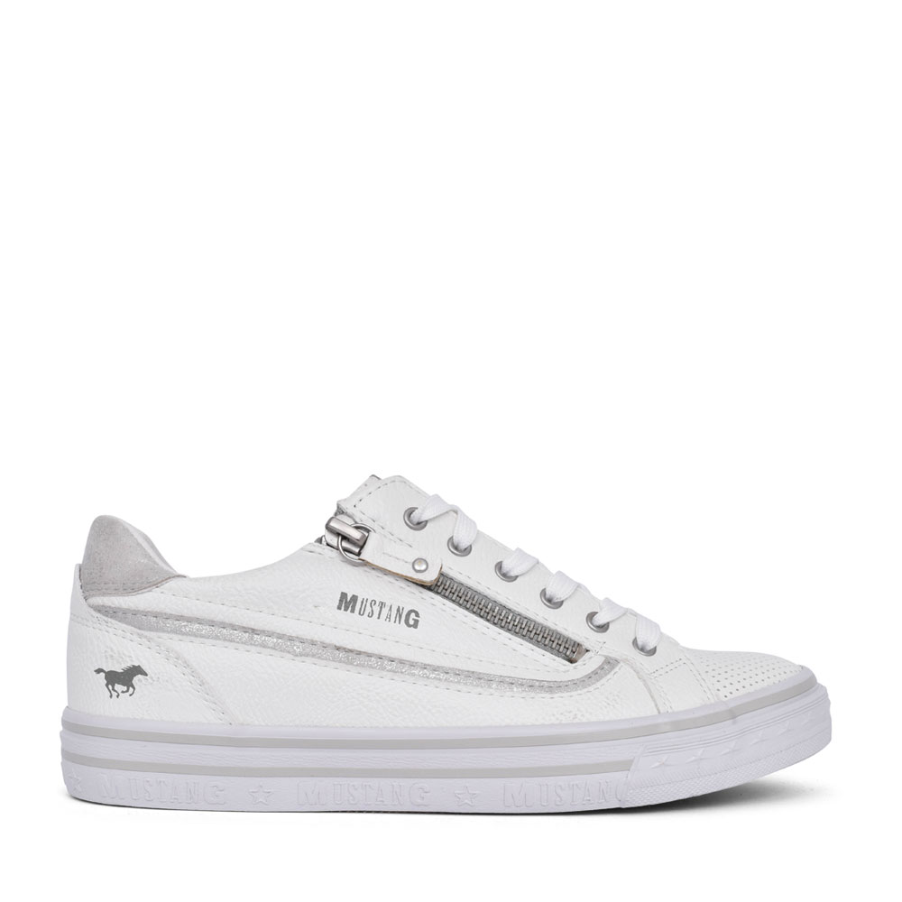 LADIES 1354304 LACE UP SHOE in WHITE