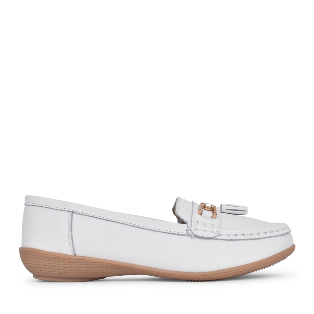 LADIES NAUTICAL SLIP ON SHOE in WHITE