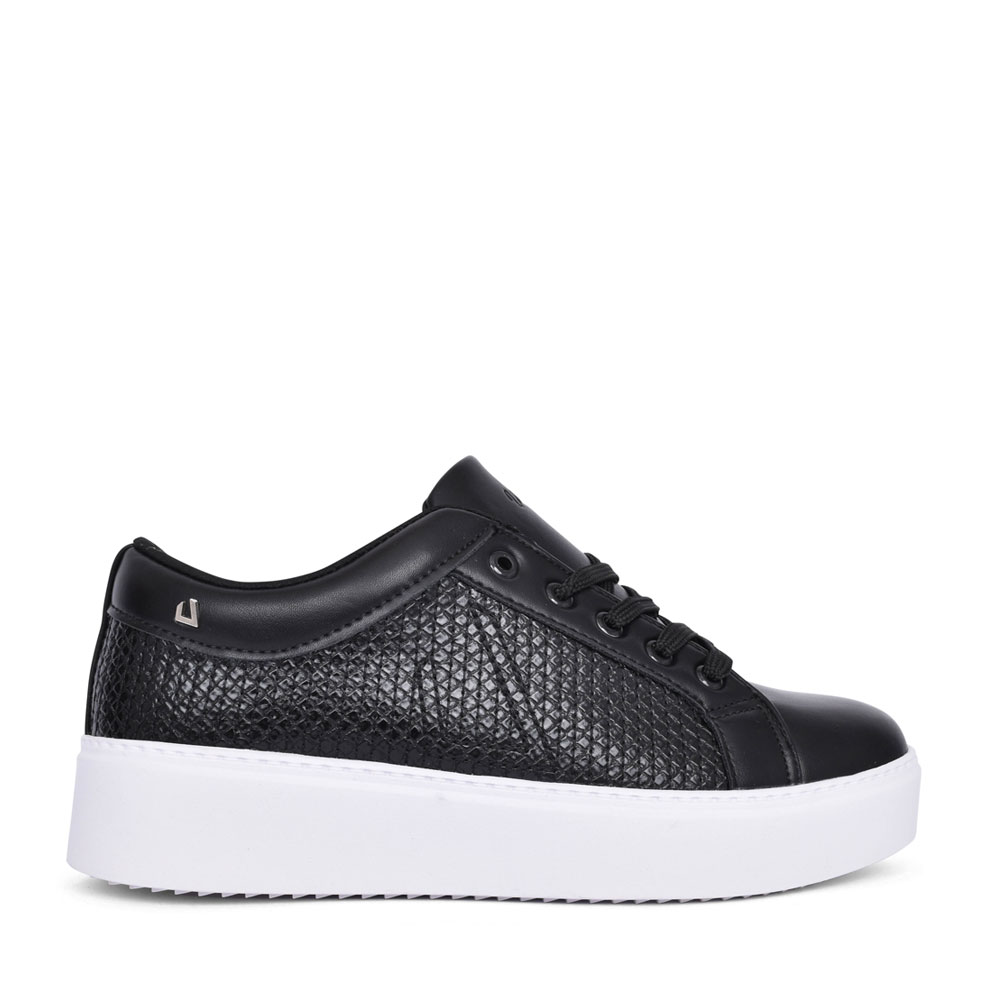 LADIES HAPPY ANYWHERE LACE UP SHOE in BLACK