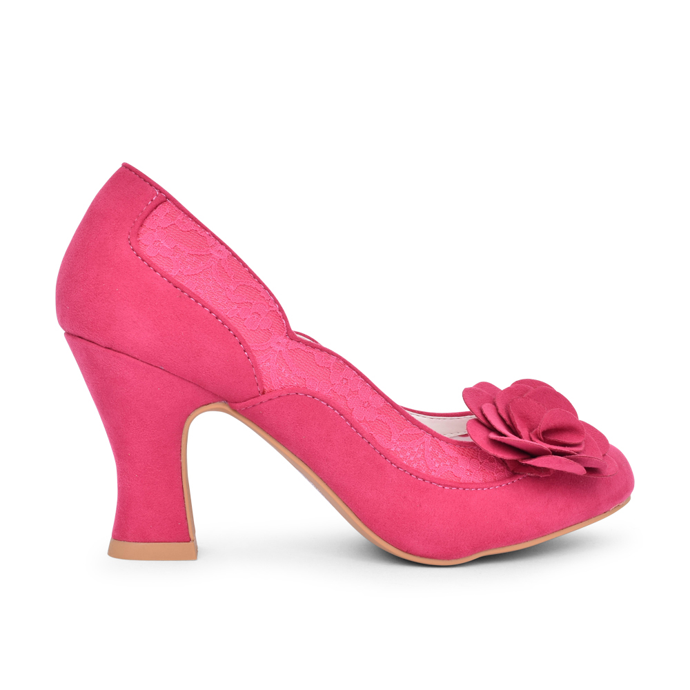 LADIES CHRISSIE COURT SHOE in PINK