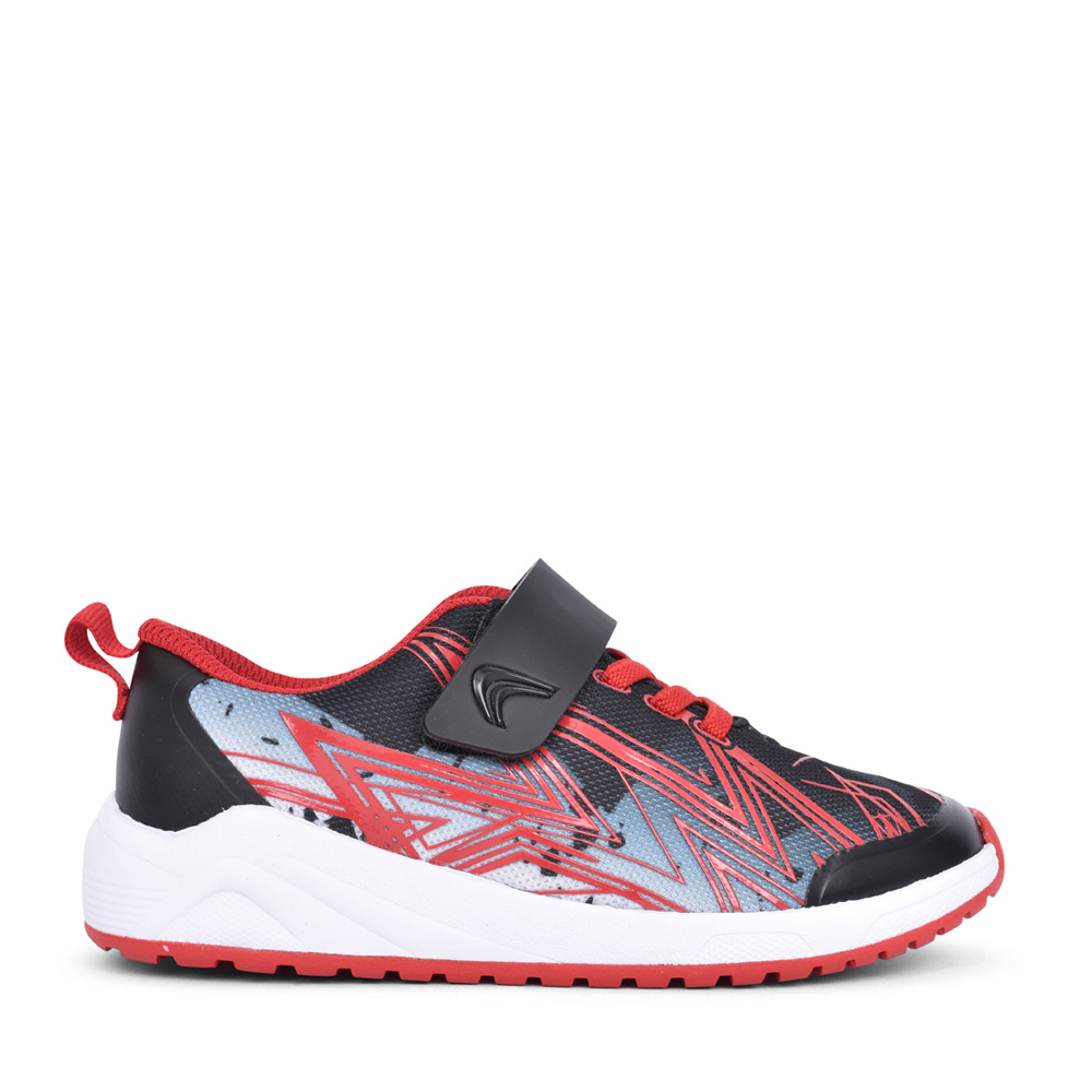BOYS AEON PACE BLACK COMBI TRAINER in KIDS F FIT