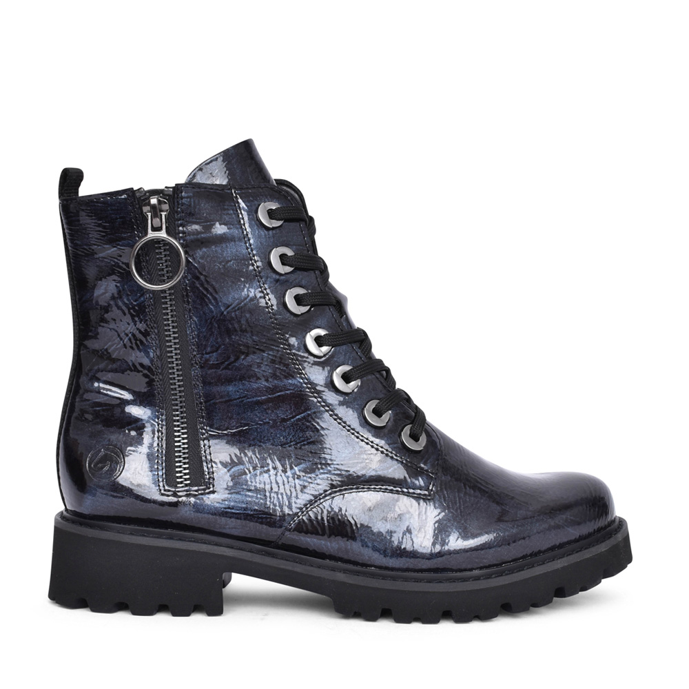 LADIES D8671 LACED BOOT in NAVY