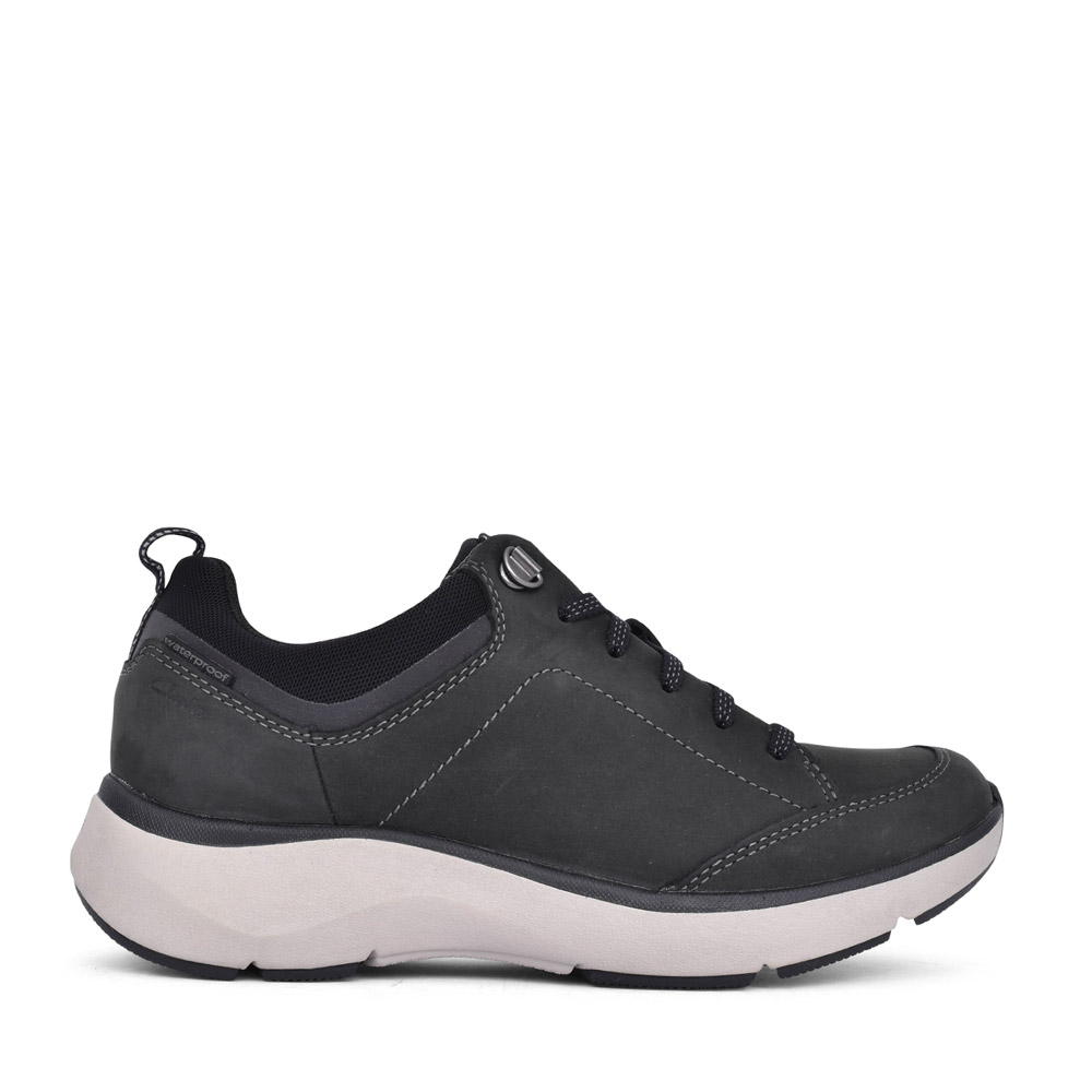 LADIES WAVE2.0 D-FIT LACED TRAINER in BLACK