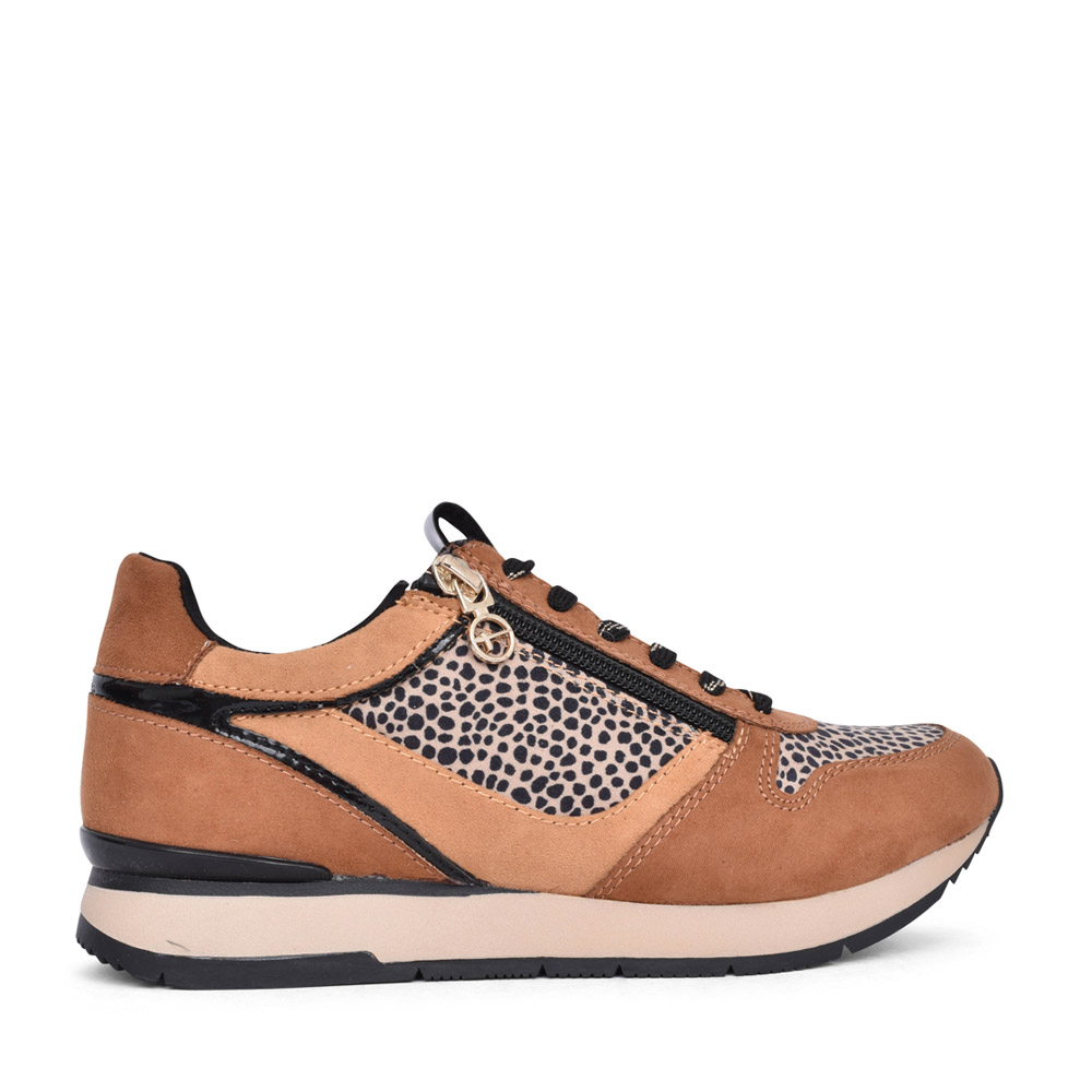 LADIES 1-23604 LACED TRAINER in TAN