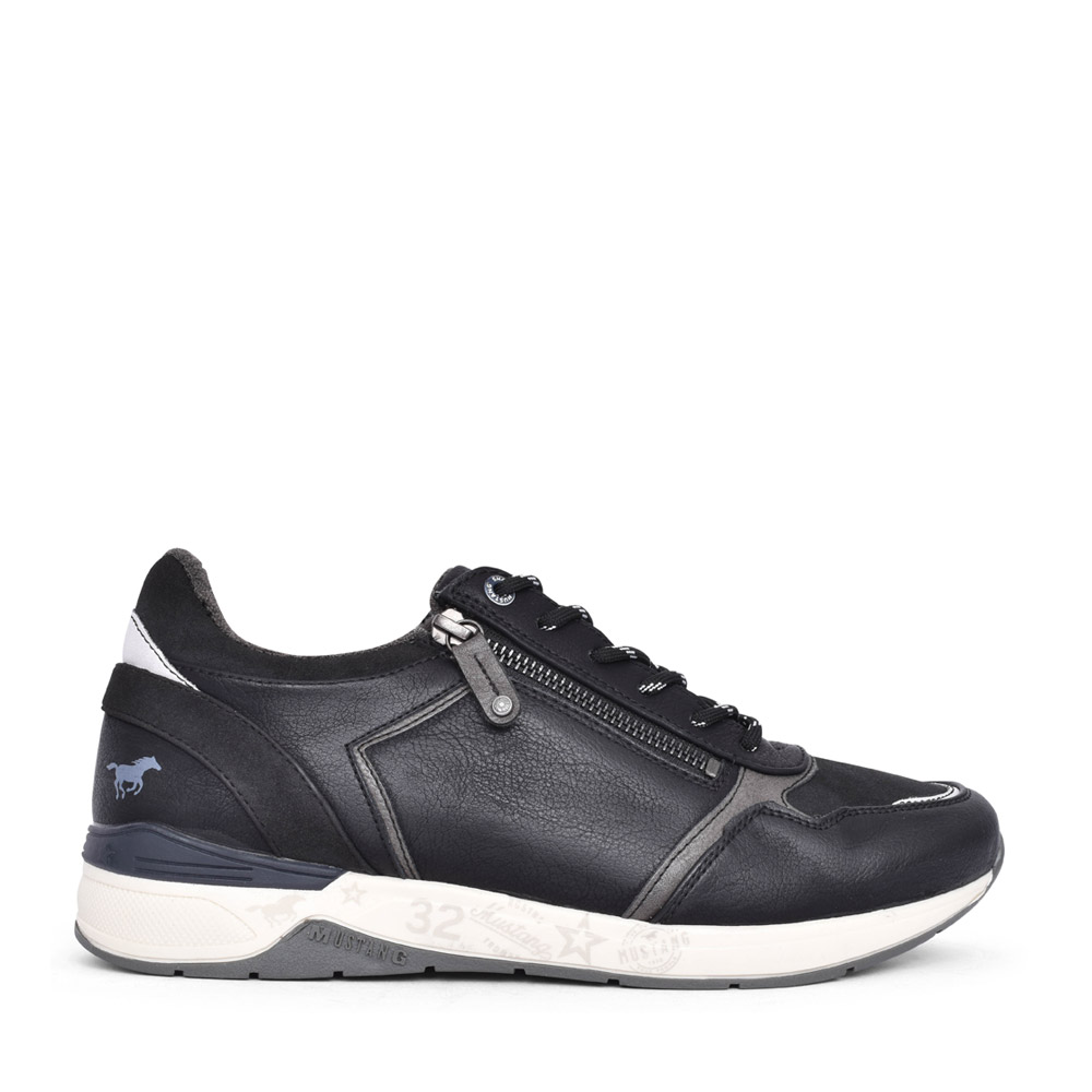 MENS 4164303 LACED TRAINER in BLACK