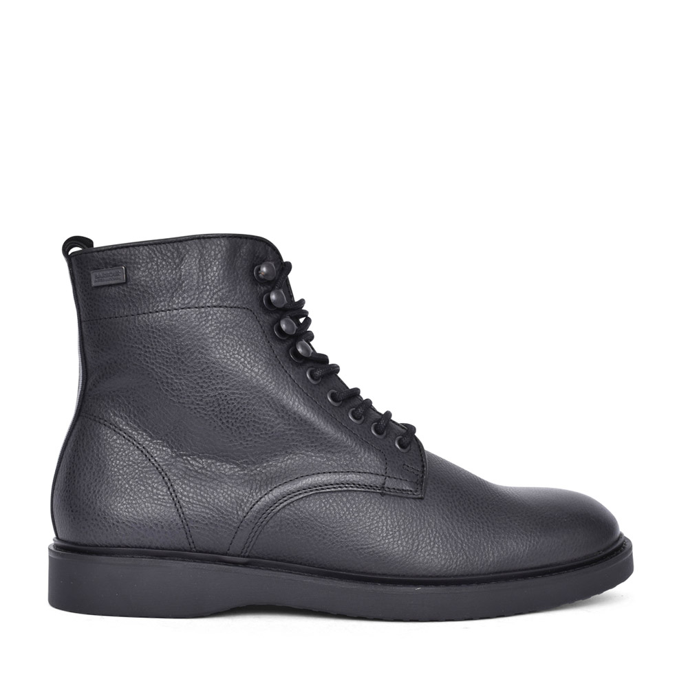 MENS BARBOUR INTERNATIONAL CARB LACED BOOT in BLACK