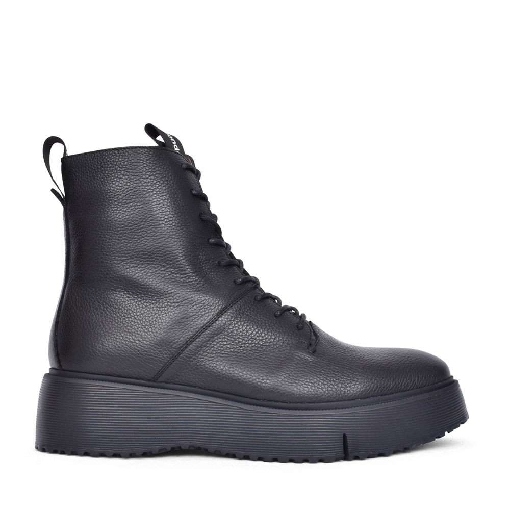 LADIES A-9350 LACED PLATFORM ANKLE BOOT in BLACK