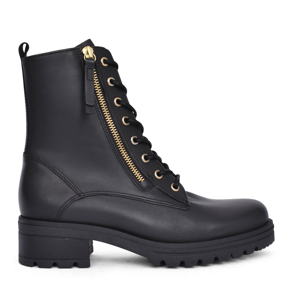 LADIES SERVE LACED ANKLE  BOOT in BLACK