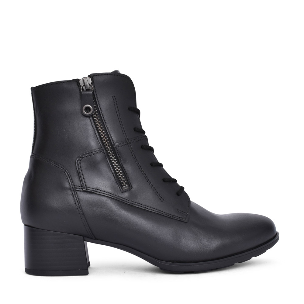 LADIES DITA LACED ANKLE BOOT in BLACK