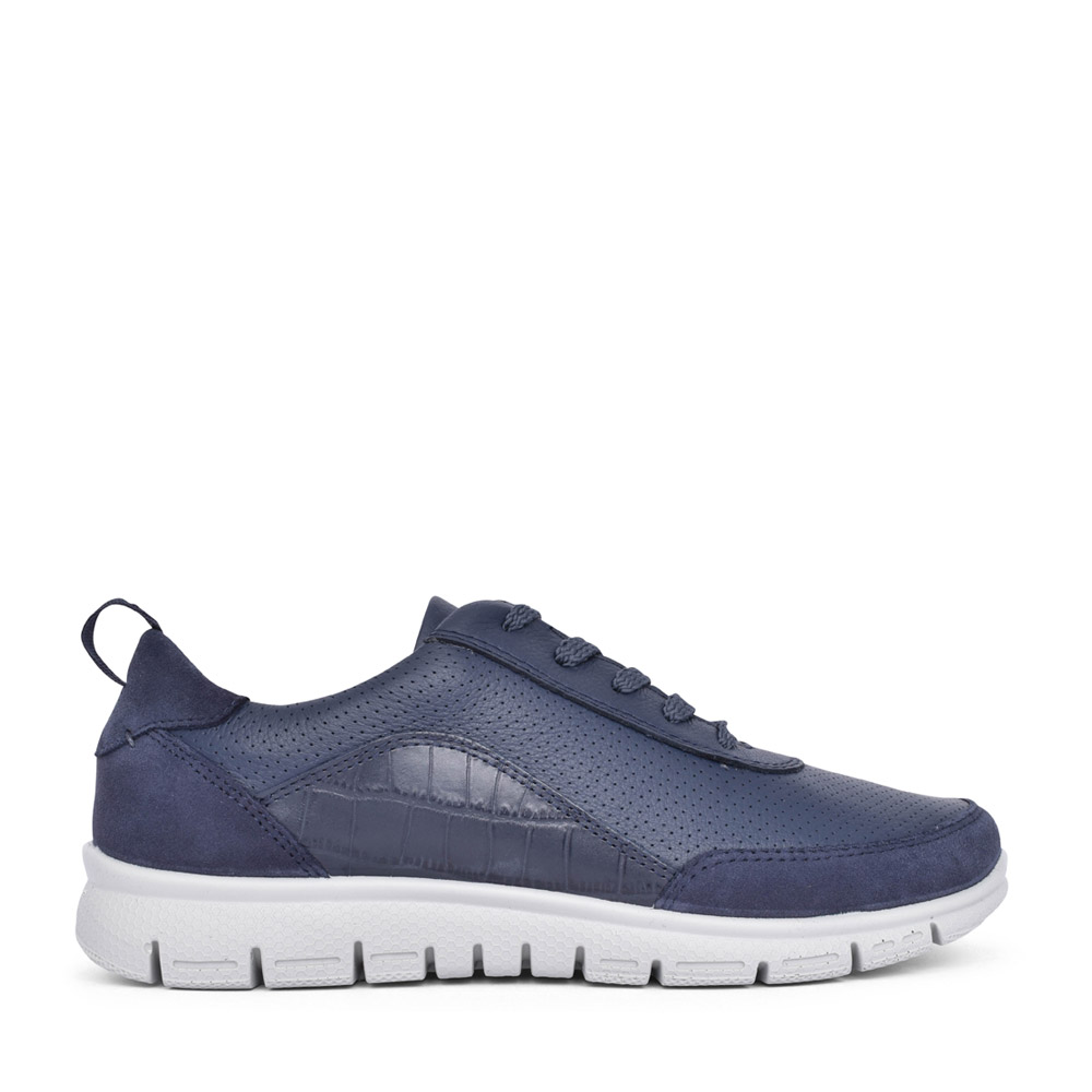 LADIES GRAVITY II STD FIT LEATHER LACED TRAINER in NAVY