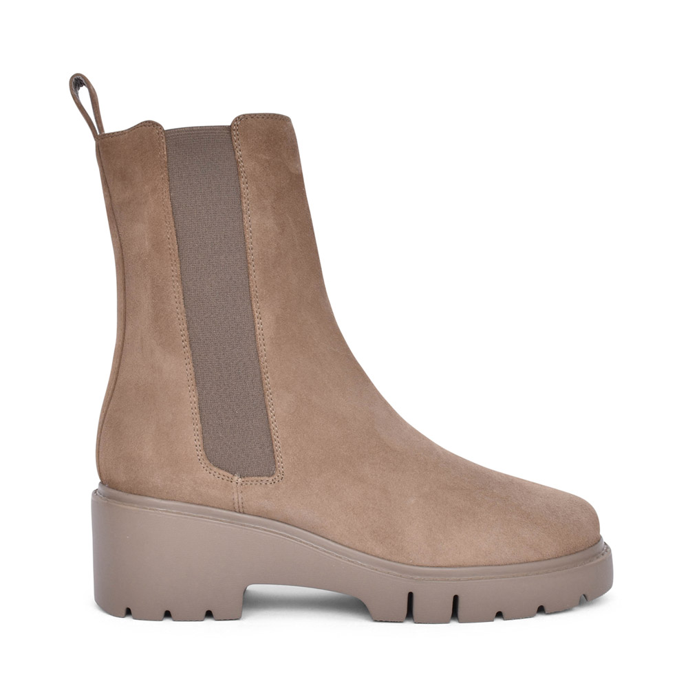 LADIES JUSTO BOOT in TAUPE