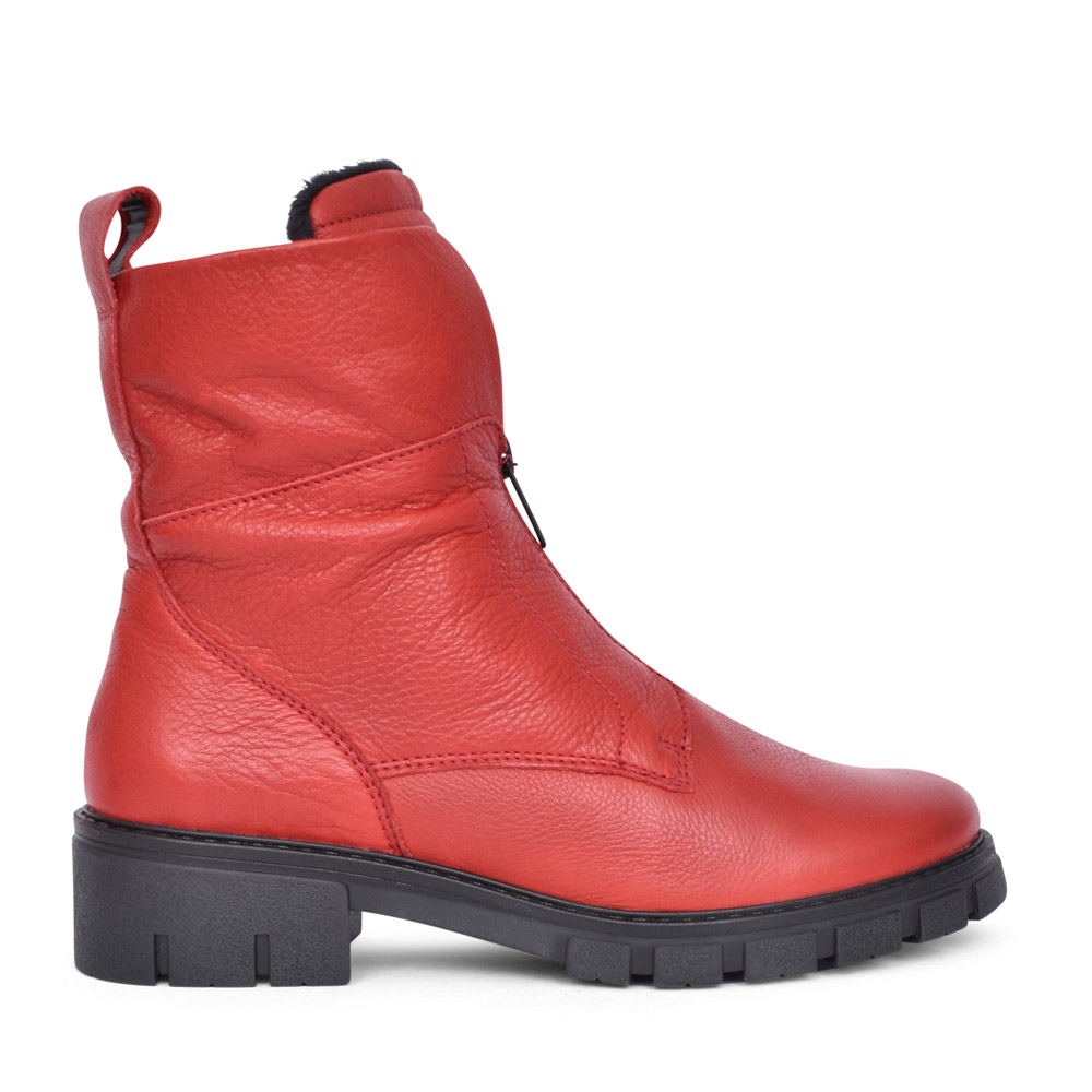 LADIES 12-23130 DOVER ANKLE BOOT in RED