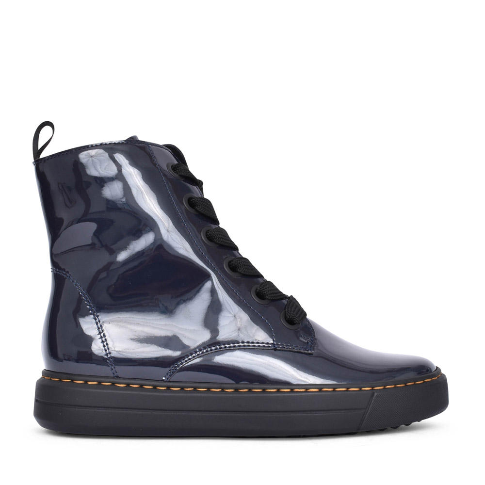 LADIES 12-37406 COURTYARD LACED BOOT in NAVY PATENT