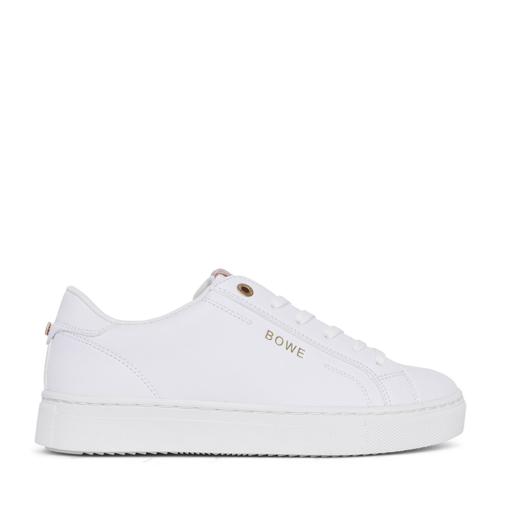 LADIES TUCKER LACED TRAINER in WHITE