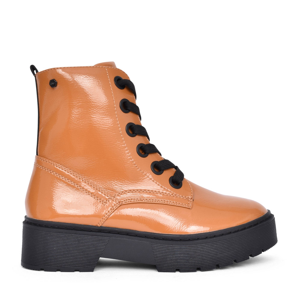 LADIES PEARSE LACED PLATFORM BOOT in MUSTARD