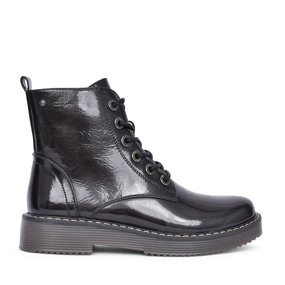 LADIES D2371 PATENT LACED BOOT in BLACK