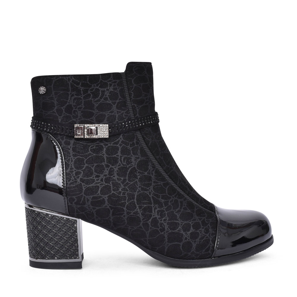 LADIES F2036A ANKLE BOOT in BLACK