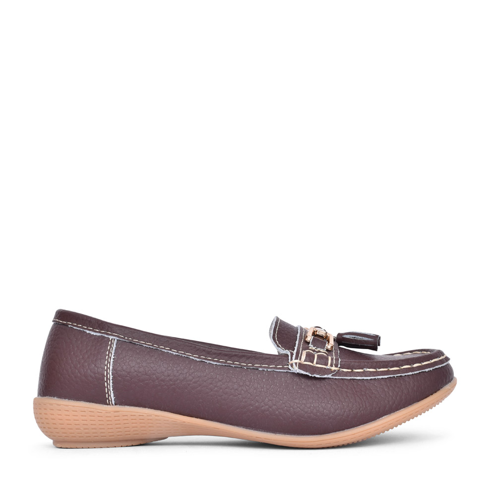 LADIES NAUTICAL LEATHER LOAFER in BROWN