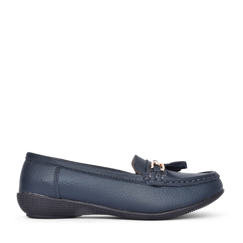 LADIES NAUTICAL LEATHER LOAFER in NAVY